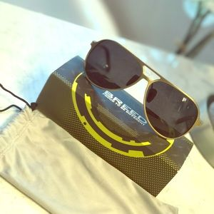 Breed Accessories - NWOT men BREED sunglasses